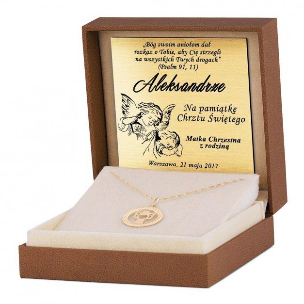 Złoty Medalik 333 Ażurowy Aniołek z Łańcuszkiem Grawer