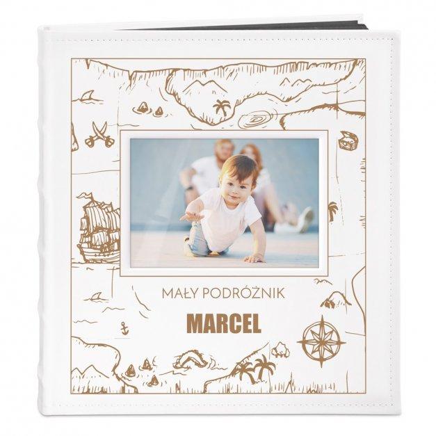 Album z Okienkiem na Narodziny Chłopczyka Małe Podróże