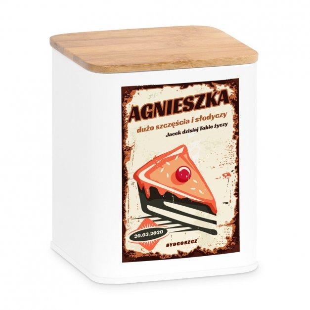 Tradycyjne Pierniki z Torunia w Personalizowanym Pudełku Ciasto Z Wisienką