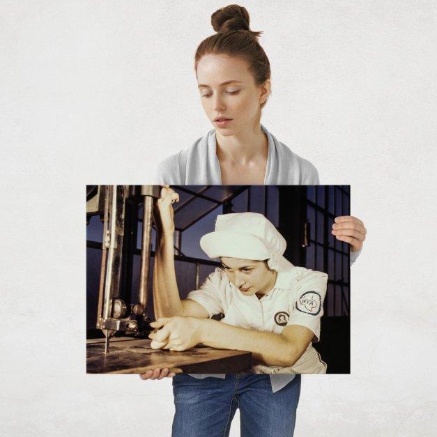 Plakat metalowy kobieta w fabryce L