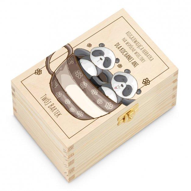 Herbata w Drewnianej Skrzynce z Nadrukiem Panda