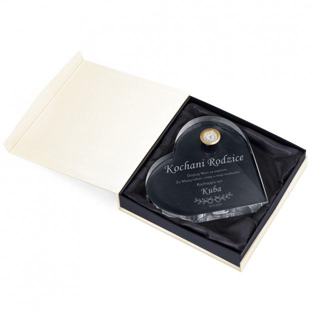 Serce kryształowe grawerowane z zegarem w pudełku z nadrukiem dla rodziców jako podziękowanie ślubne