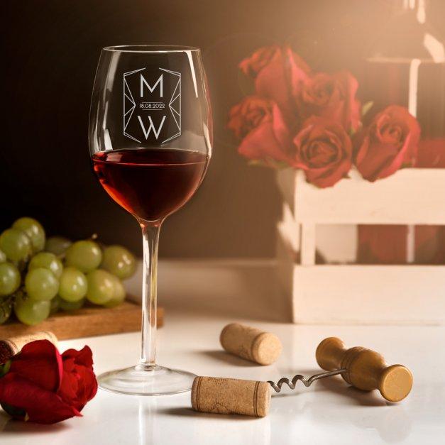 Kieliszek szklany do wina grawer z dedykacją inicjały data dla pary