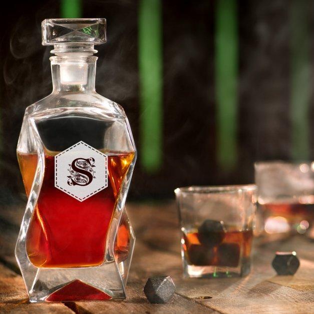 Karafka szklana łamana z grawerem inicjał sześciokąt dla niej niego pary gentlemana