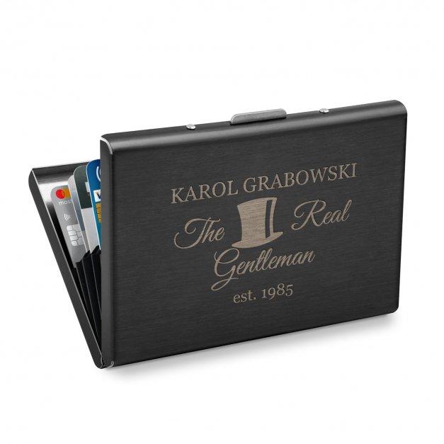 Etui na karty wizytówki z grawerem inicjały dla gentlemana na urodziny