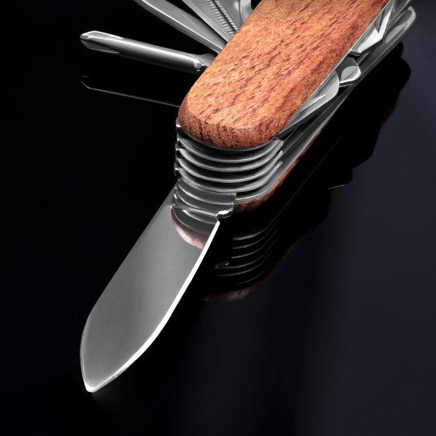 Klasyczny scyzoryk w drewnianej oprawie z grawerem władca lasu dla myśliwego leśnika grzybiarza