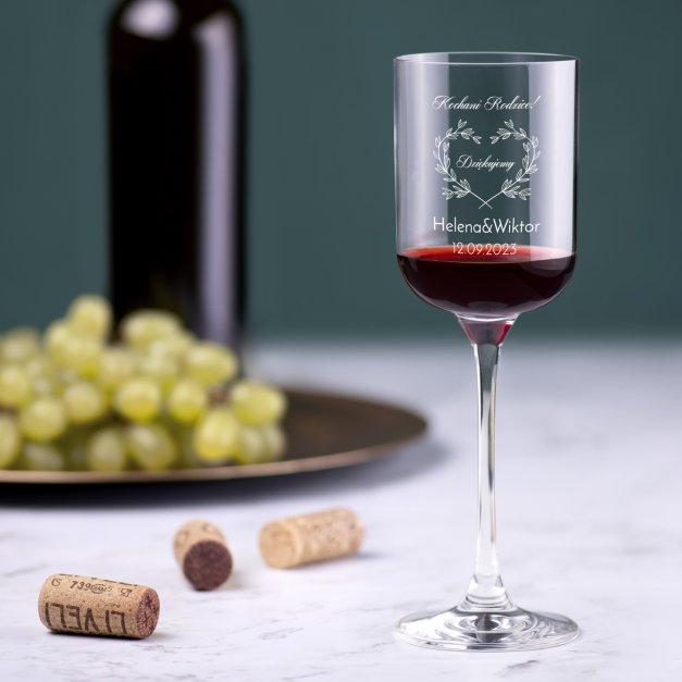 Kieliszek szklany do wina Glamour z grawerem dla rodziców jako podziękowanie ślubne