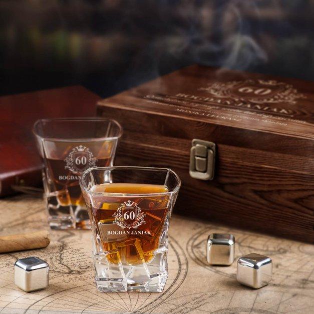Zestaw kamienie kostki do whisky ze szklankami z grawerem dla niego na 60 urodziny