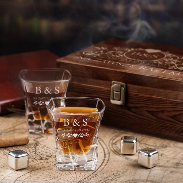 Zestaw kamienie kostki do whisky ze szklankami z grawerem dla pary na ślub rocznicę