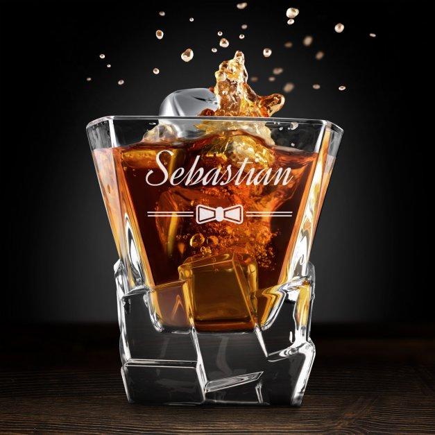 Zestaw kamienie kostki do whisky ze szklankami z grawerem dla niego na wieczór kawalerski