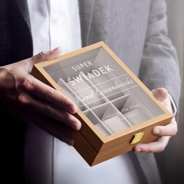Szkatułka drewniana na 6 zegarków z grawerem dla świadka jako podziękowanie ślubne