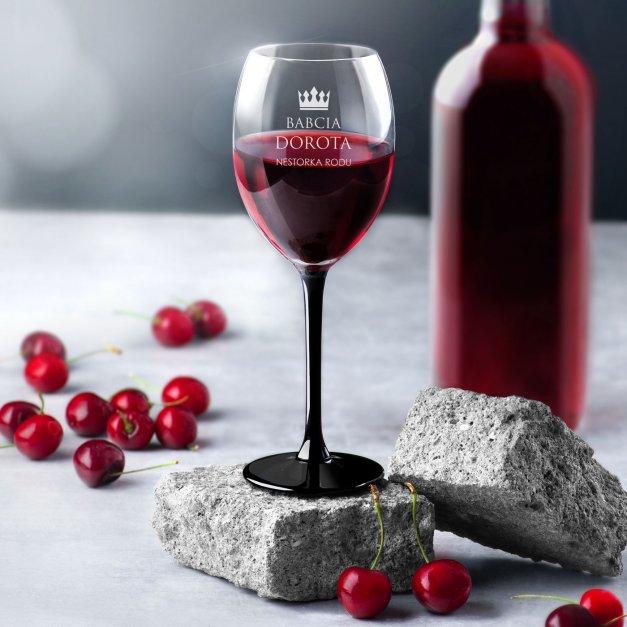 Kieliszki szklane x6 do wina z czarną nóżką onyx z grawerunkiem dla babci
