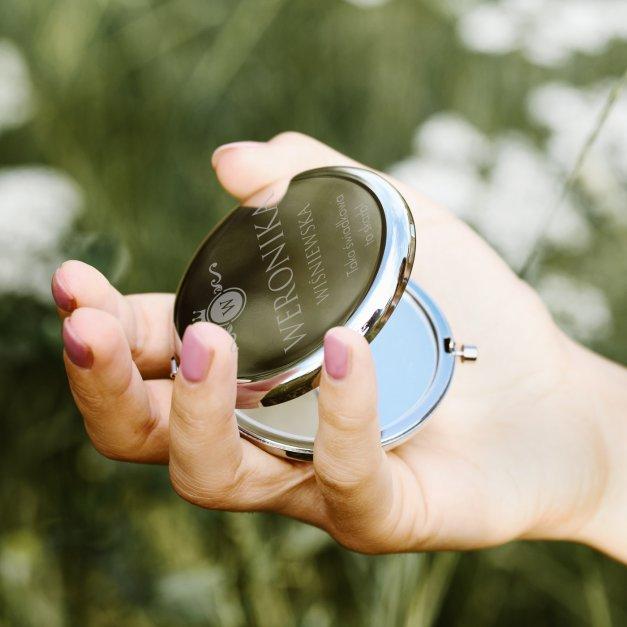 Lusterko okrągłe srebrne z grawerem dla świadkowej