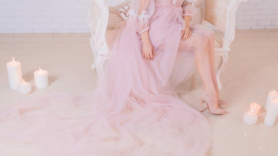 6fe6d32ad9 Jaka biżuteria do różowej sukienki