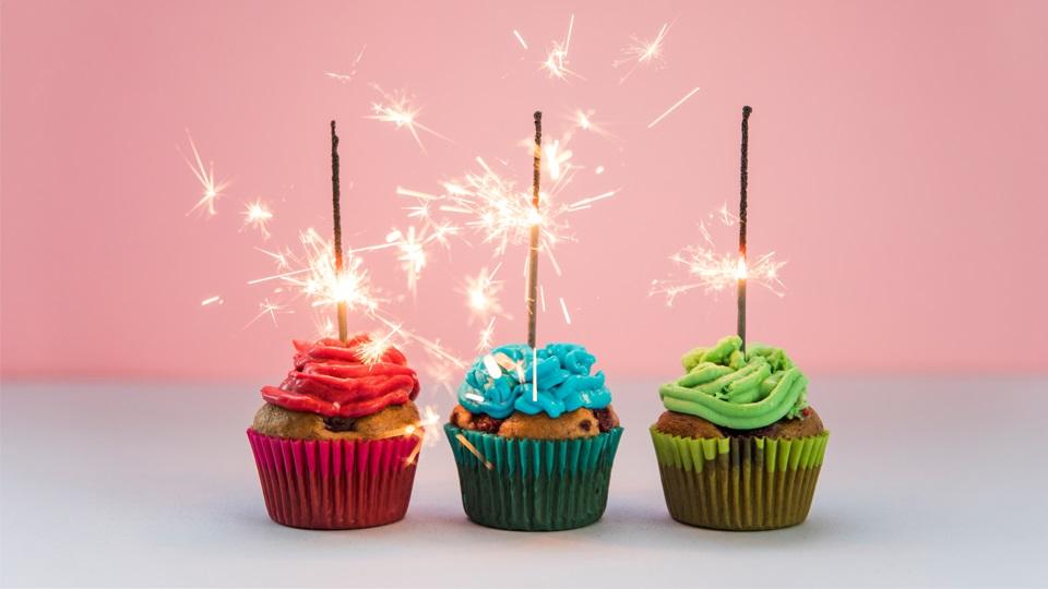 życzenia Urodzinowe Wierszyki Na Urodziny Z Grawerem